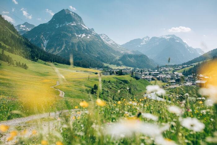 The region Lech Zürs am Arlberg - Lech Zürs